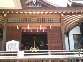 the kaguraden hall of Katsushika Hachimangu