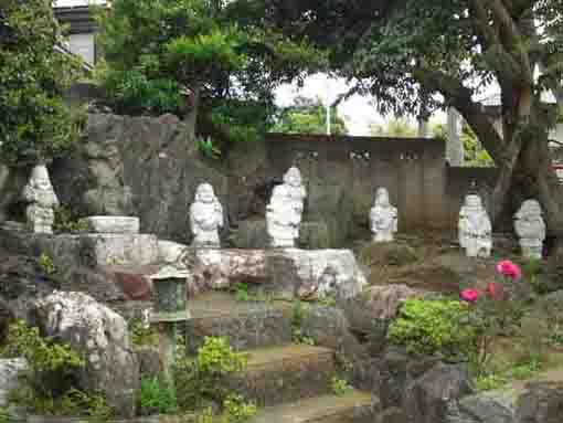 the statues of Shichifukujin