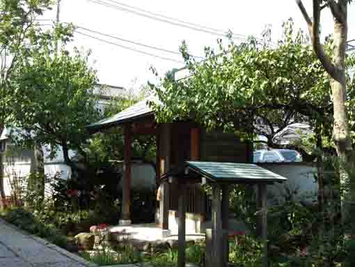 a small shrine in Korinji Temple