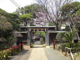 the gate of Onjuin Temple