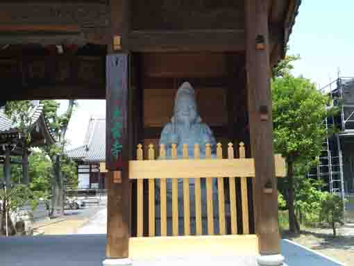 the statue of Ebisuten in Yakushadera